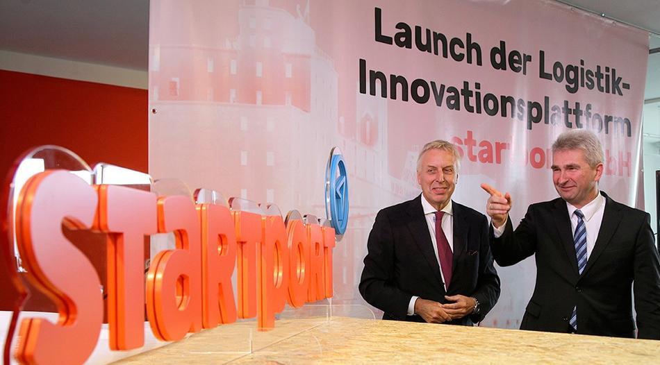 "Minister Pinkwart eröffnet ""1st startport conference"""