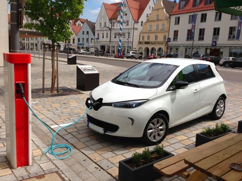 Kaum jemand kauft Elektroautos